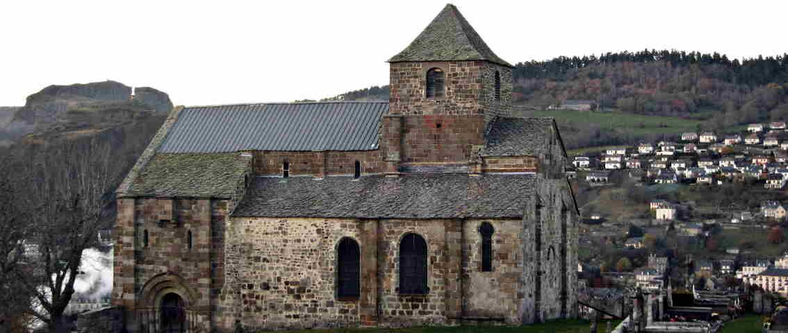 Église Prieurale de Bredons