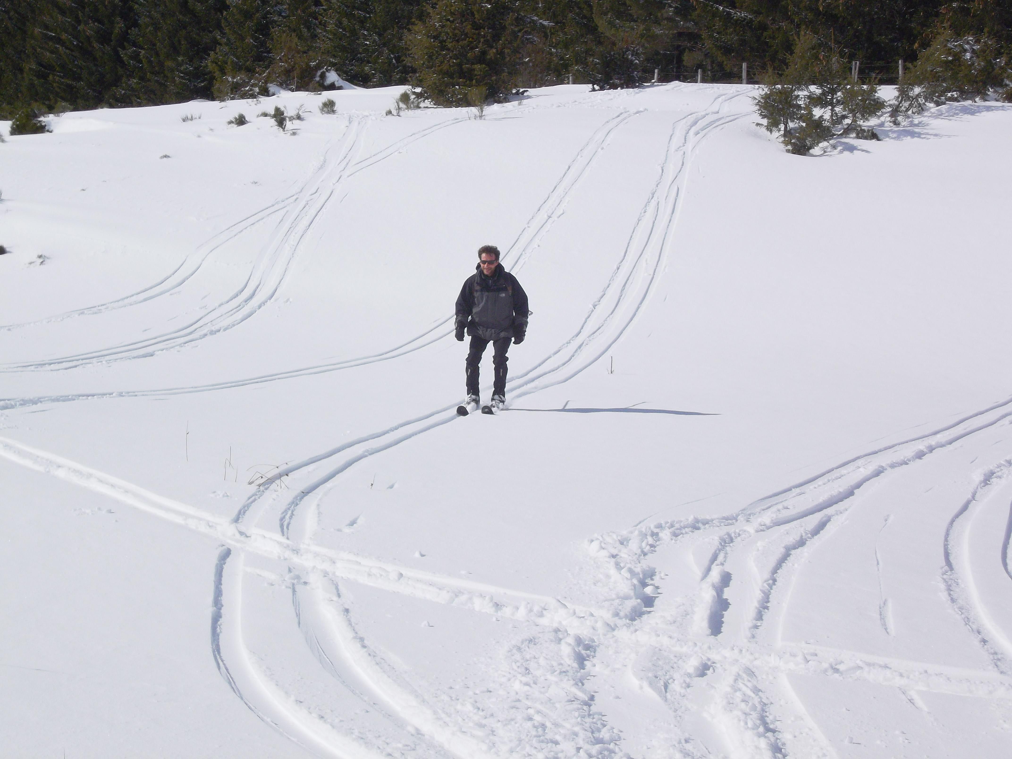 Skis HOK,  Nouveau Brunswick, au bord de la rivière Petitcodiac (par deo67)