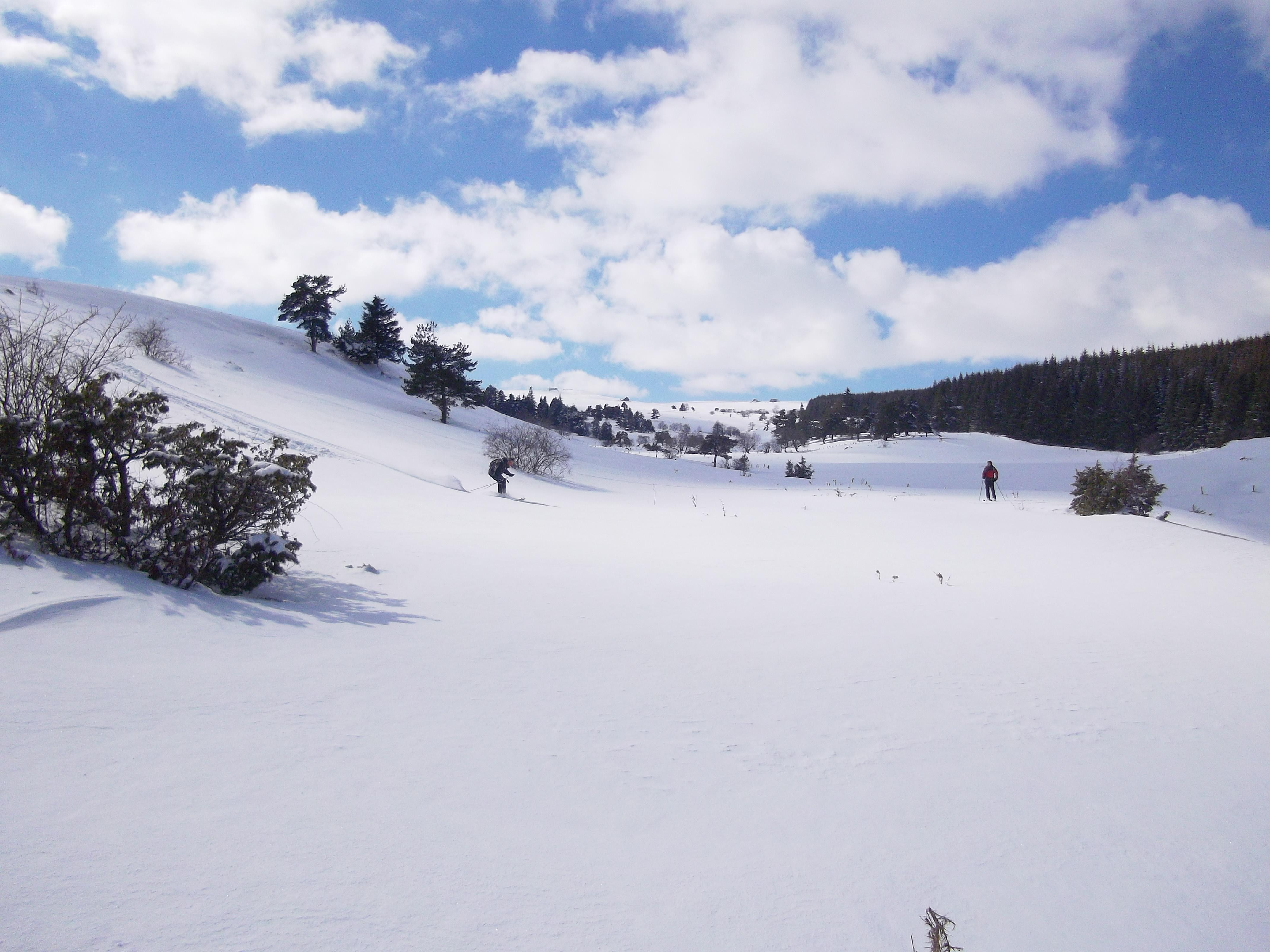Hokeurs descendant les pistes (dimanche 22 février 2015)