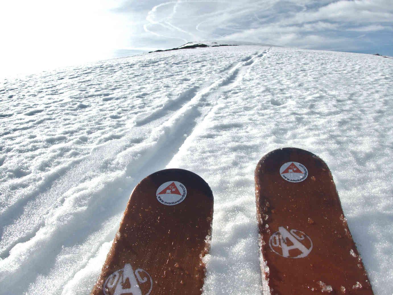 Les skis-raquettes OAC WAP en action aux Rochers de la Sagne du Porc